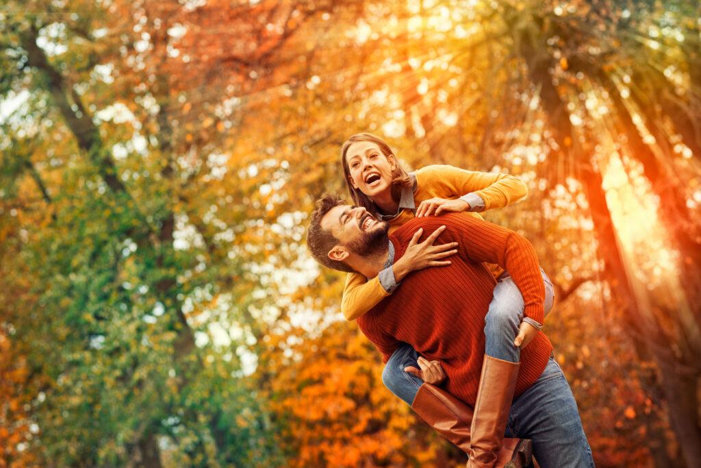 Happy-Couple-Orange